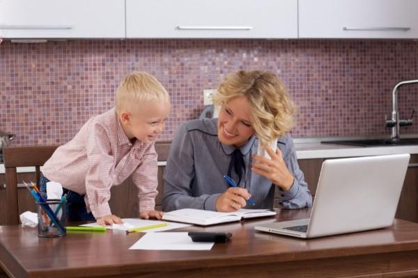 在宅webライターについて解説!人気の理由やお仕事の受け方は?