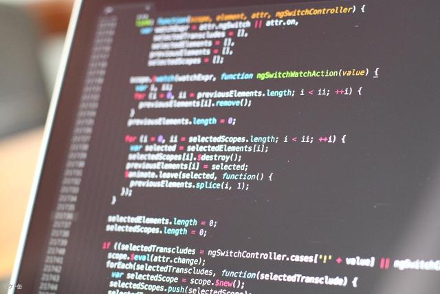 リモートワークエンジニアの働き方とは?必要スキルや仕事の特徴を解説!
