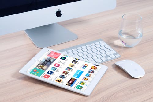 アプリ開発の副業で稼ぐ♪どんなアプリ?どのくらい稼げる?実情やポイントをご紹介☆